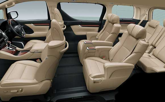 Interior Toyota Alphard 2.5 Indonesia